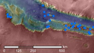 Valles Marineris canyon network streaks