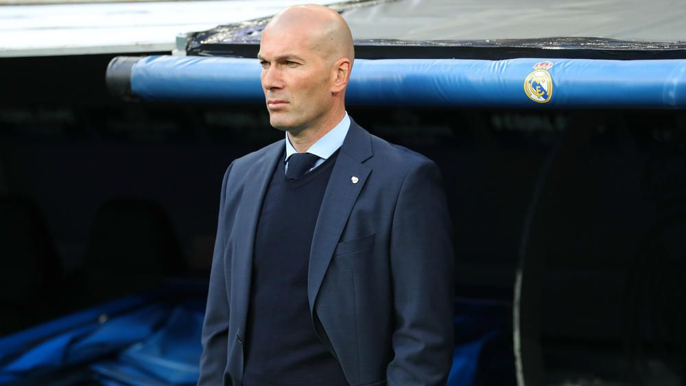 """""""It really doesn't appeal to him"""" – Zinedine Zidane unlikely to consider Manchester United job, according to his agent"""