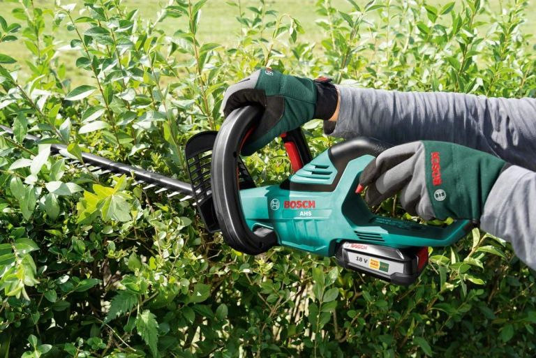 Bosch Cordless Hedge Trimmer
