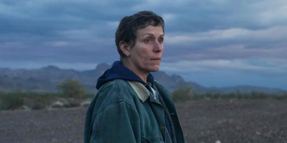 Как смотреть потоковую передачу фильмов, номинированных на премию «Золотой глобус 2021 года», «Обещающая молодая женщина», «Страна кочевников» и другие фильмы