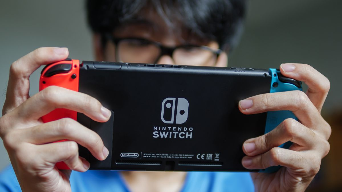 This humongous Nintendo Switch is anything but Lite – Techradar