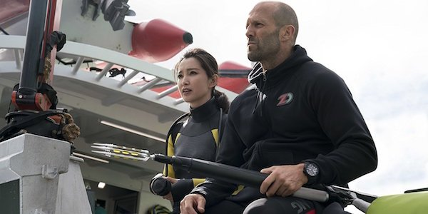 Jason Statham and Li Bingbing in The Meg