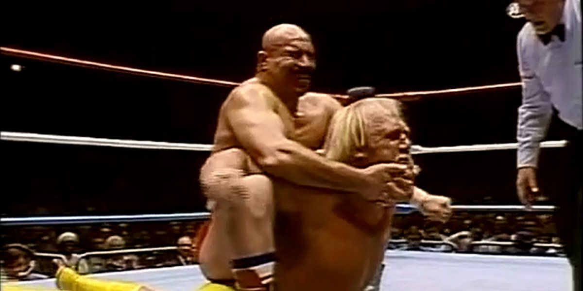 The Iron Sheik and Hulk Hogan at a WWE House Show