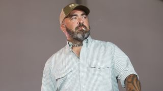 A picture of Aaron Lewis