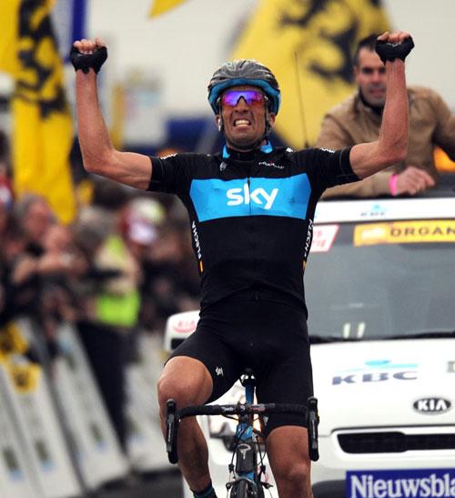 Juan Antonio Flecha wins, Omloop Het Nieuwsblad 2010