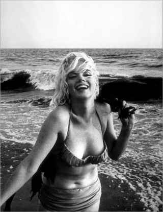 Marilyn monroe at beach