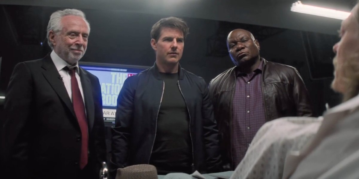 Wolf Blitzer (really Simon Pegg as Benji Dunn) with Tom Cruise and Ving Rhames in Mission: Impossibl