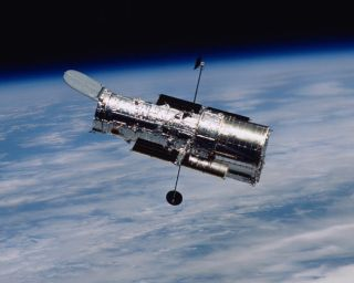 Health Checkup: Engineers Work to Stall Hubble's Death