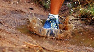 Mud running shoes