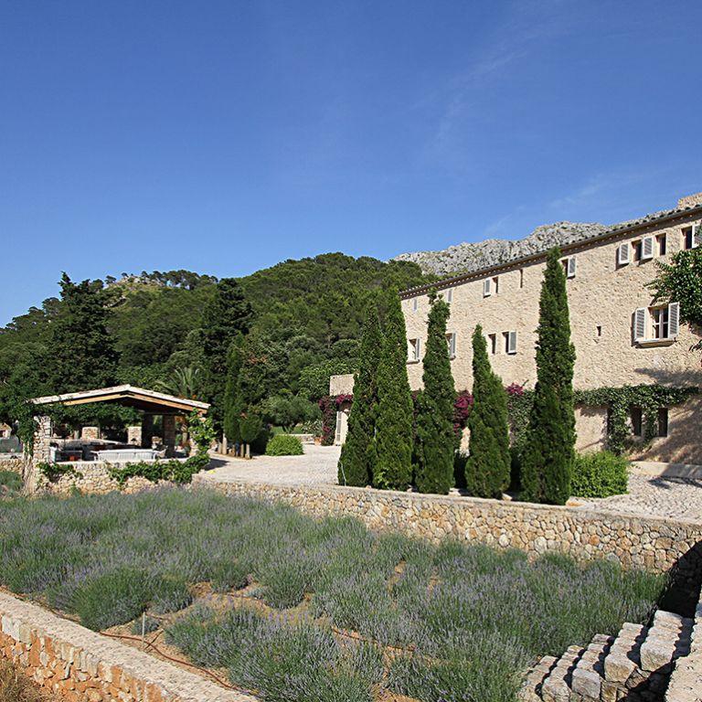 Swarovski villa for sale in Mallorca, facade