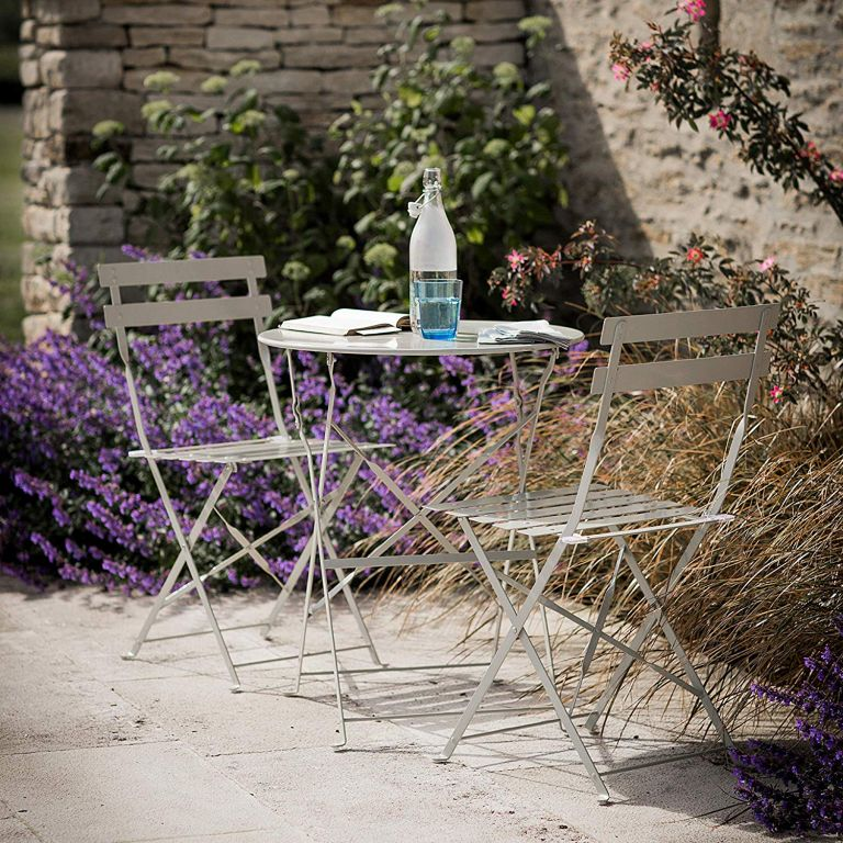 painting metal garden furniture