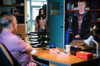 Bobby Beale talks to Harvey Monroe in EastEnders
