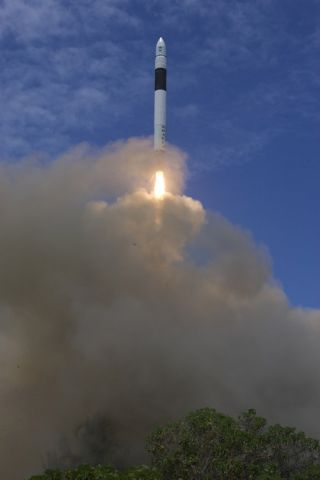 U.S. Air Force, SpaceX Strike Deal for Cape Canaveral Launches
