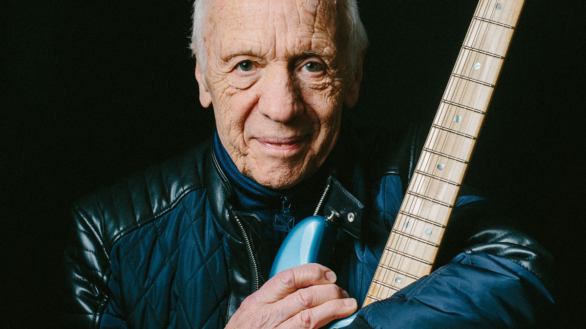 "Robin Trower's top 5 tips for guitarists: ""Repeating what other guitarists have done is not your emotion... it's someone else's!"" 