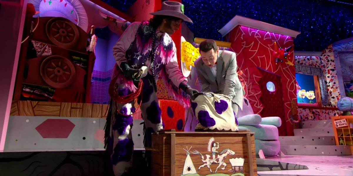 Phil LaMarr and Paul Reubens in The Pee-Wee Herman Show