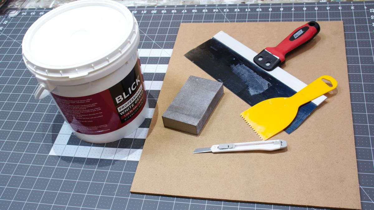 Prepare a board for painting in 3 easy steps