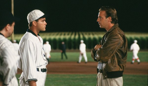 Field of Dreams Ray Liotta Kevin Costner night game conversation