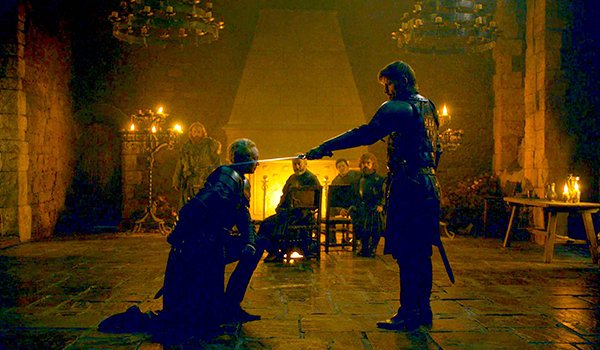 """Brienne and Jaime Lannister in """"A Knight Of The Seven Kingdoms"""" on HBO's Game Of Thrones"""