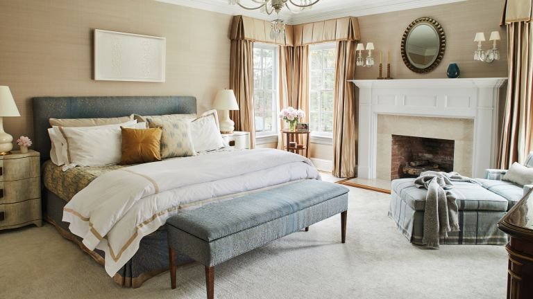 Bedroom Storage Ideas 10 Clever Ways, Headboard With Matching Storage Bench