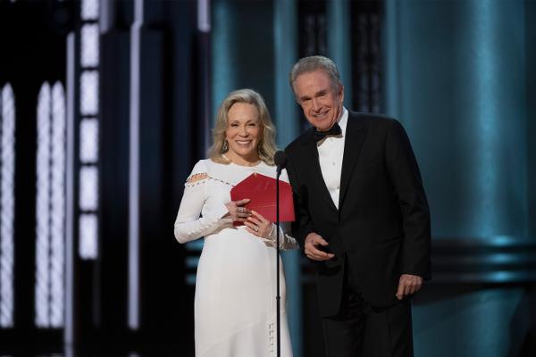 Oscars 2017 Warren Beatty Faye Dunaway Wrong Envelope