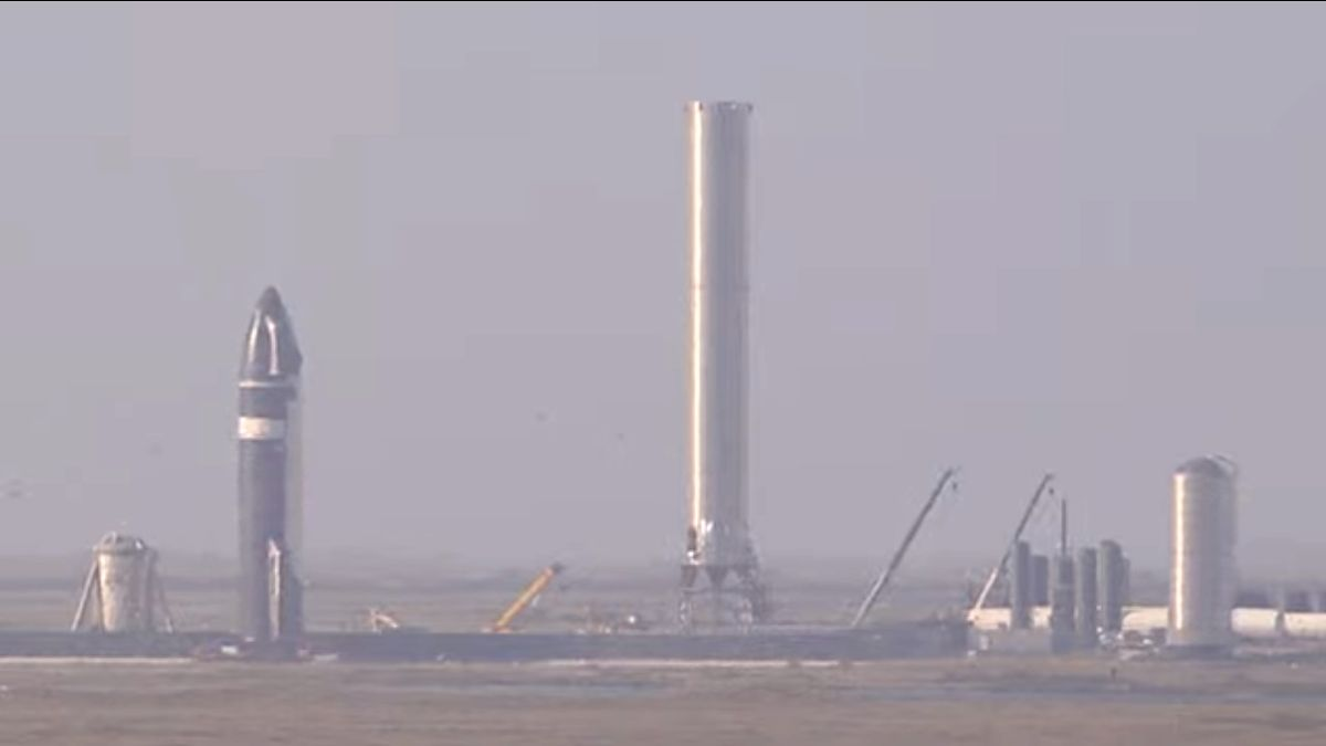 SpaceX's Starship SN20 rolls out to launch pad ahead of 1st orbital test flight - Space.com