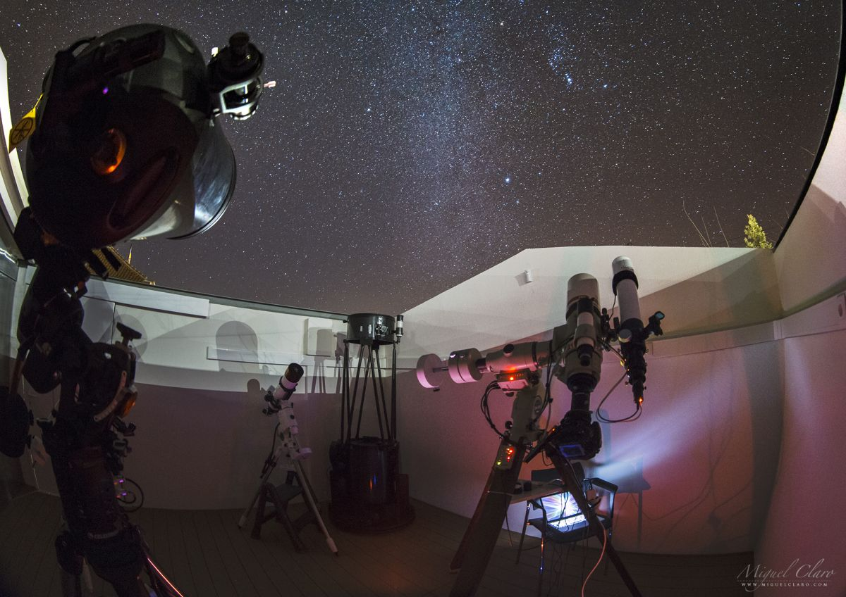 A Telescope Tracks Orion the Hunter in Starry Time-Lapse Video