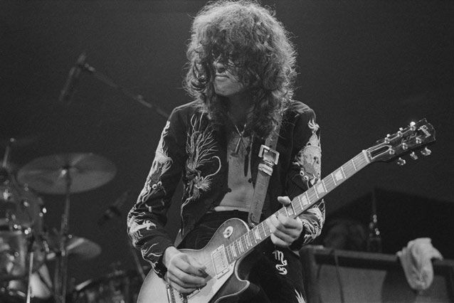 Five Iconic Rock Guitar Licks Every Player Should Know