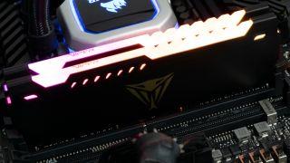 Patriot Viper Steel RGB DDR4-3600 C20