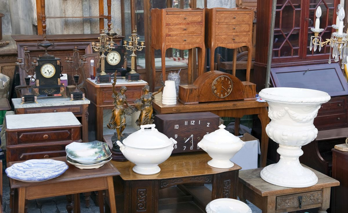 Auctions: how to buy everything from art to antiques