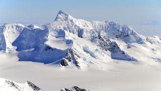 Antarctica, earth, environment, antarctic mysteries, antarctic science, antarctic centenary, climate change, Antarctic ice, ice sheets, glaciers, ice shelves, antarctic life, NASA, IceBridge