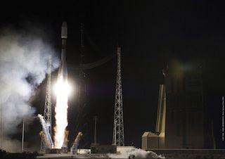 Soyuz Rocket Lift Off, December 16, 2011