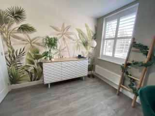How to wallpaper - step-by-step guide