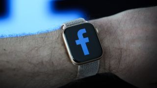 Facebook smartwatch reportedly launching in 2022 with LTE and cameras