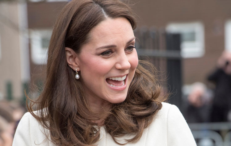 The Ss Was First Pictured In Luxurious Kate Middleton Earrings Five Years Ago And Since Then Stunning Item Has Consistently Been Brand S