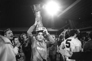 Soccer – 1984 UEFA Cup Final – 2nd Leg – Tottenham Hotspur v Anderlecht – White Hart Lane