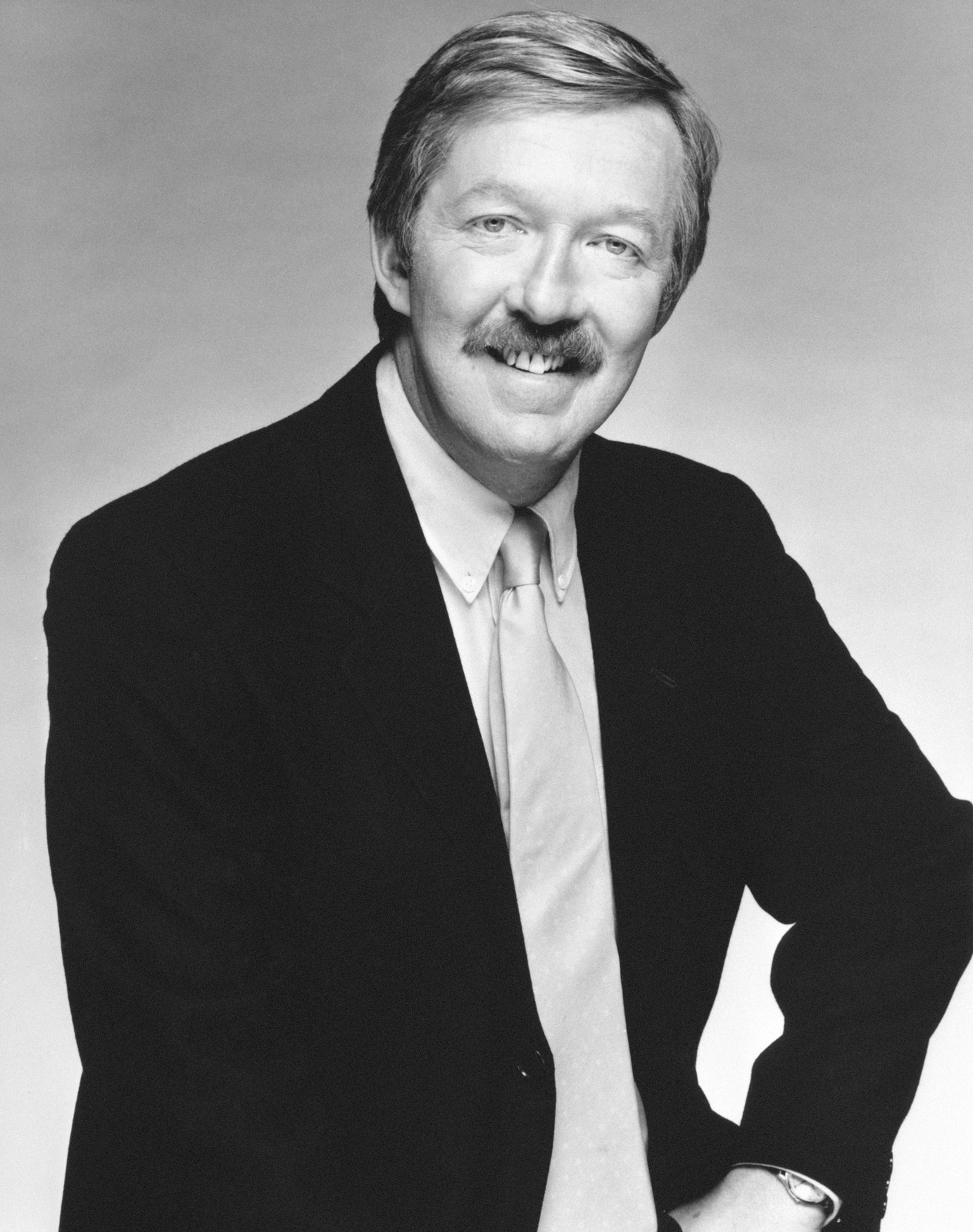 Tributes paid to TV-am host Mike Morris
