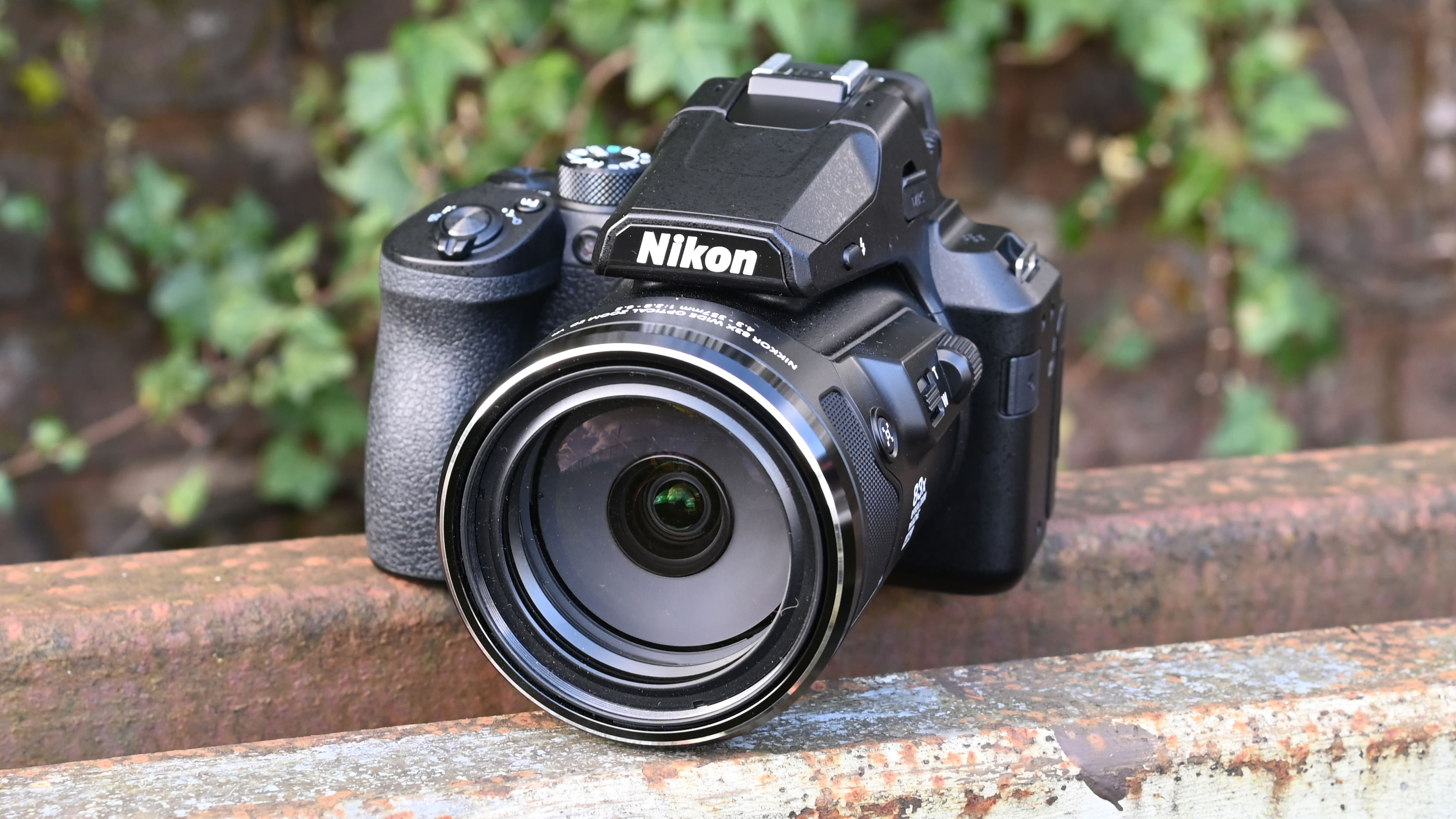 Best Bridge Camera 2020 9 Cameras That Pack Huge Zoom Lenses Techradar