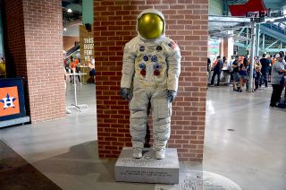 After Summer at Ballparks, Neil Armstrong Spacesuit Statues Head to Museums