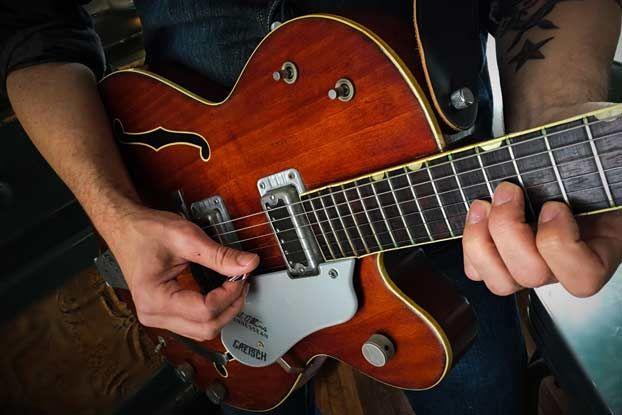 10 Things Guitarists Should Know About Their Guitar