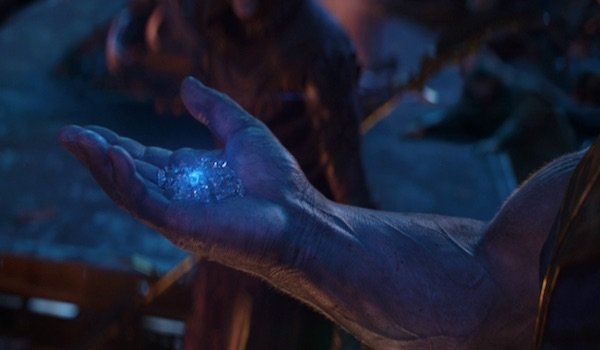 Thanos holding Space Stone in Avengers: Infinity War