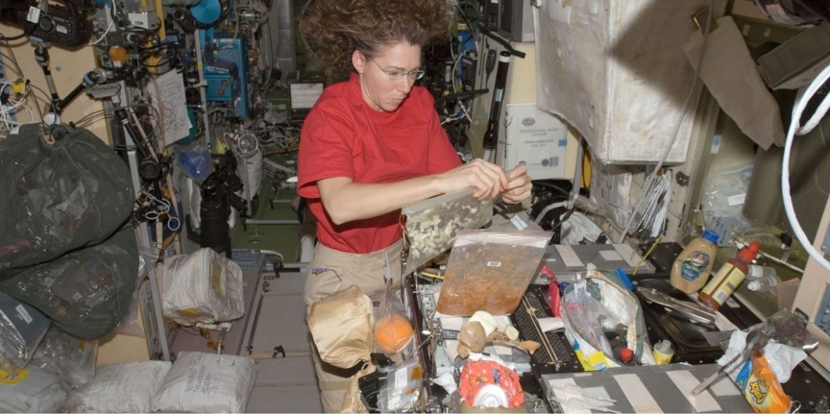 nasa food for astronauts - 670×440