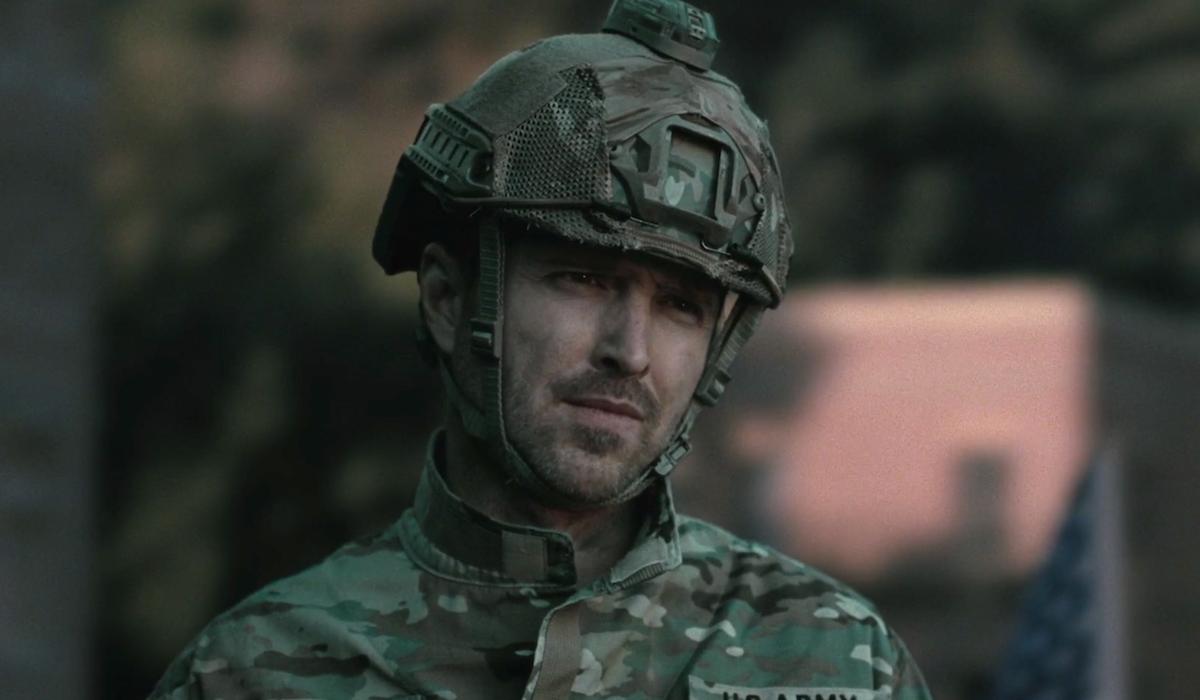 caleb in military gear westworld season 3