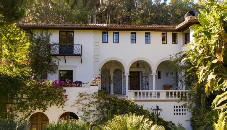 Exterior of Fleetwood Mac' former house in Santa Monica