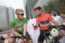 Andre Greipel and Mark Cavendish talk at the start