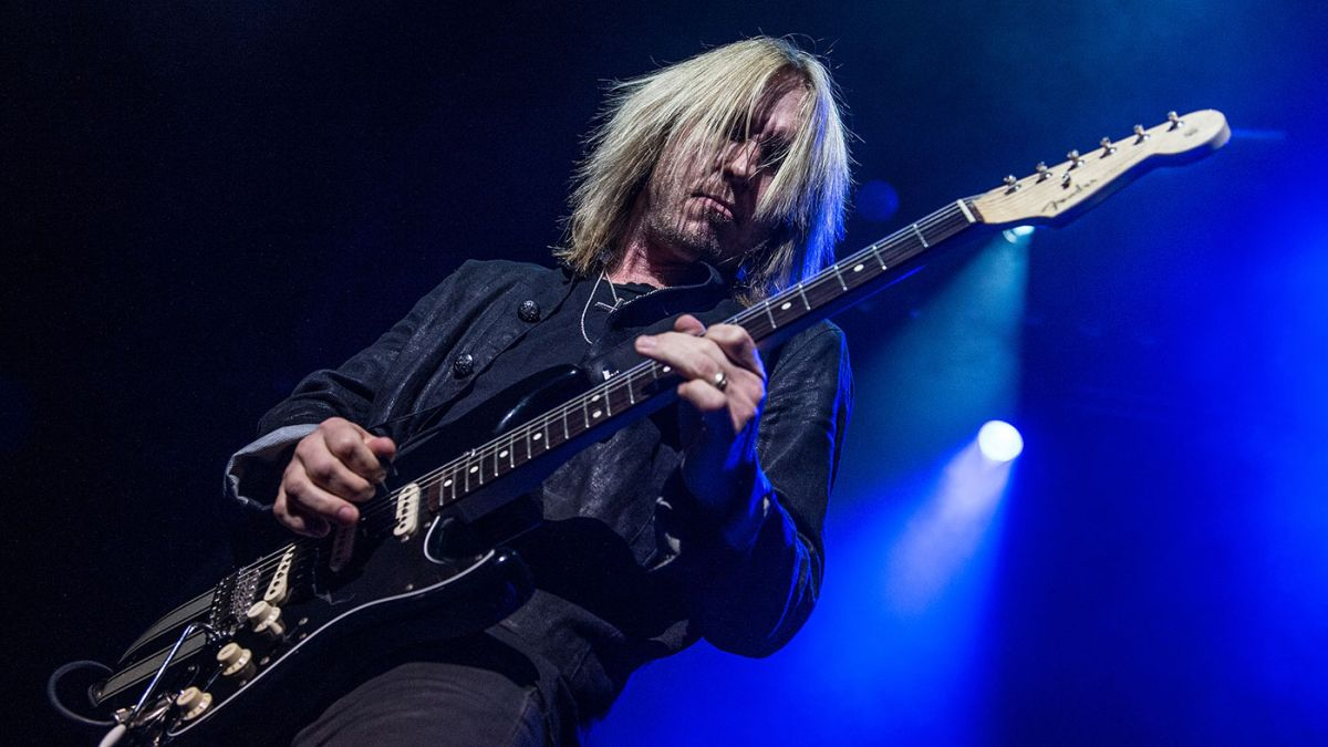 5 guitar tricks you can learn from Kenny Wayne Shepherd