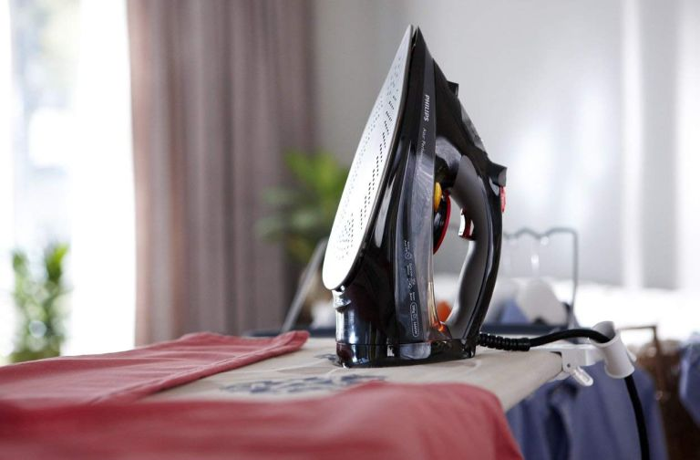best steam iron - Philips GC4526/87 Azur Performer Plus Steam Iron with 210 g Steam Boost