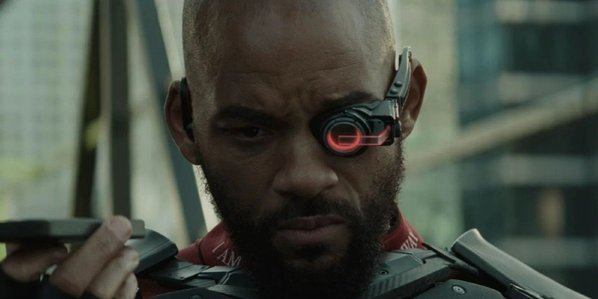 Deadshot (Will Smith) scopes out a target in Suicide Squad (2016)