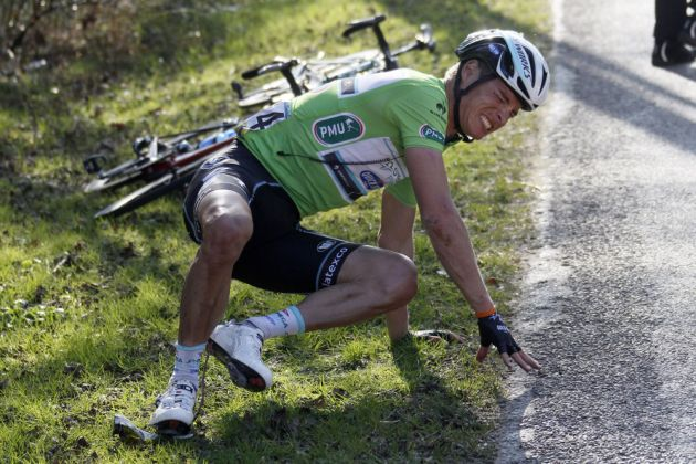 Gianni Meersman crashes on stage two of the 2014 Paris-Nice
