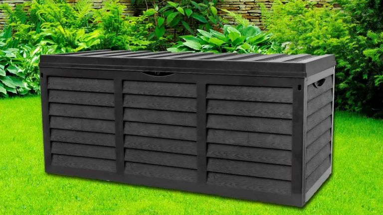 Groupon Garden Storage Box with Lid