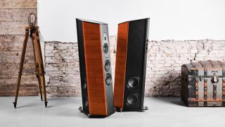 Sonus Faber unveils high-end limited edition Il Cremonese ex3me floorstanders